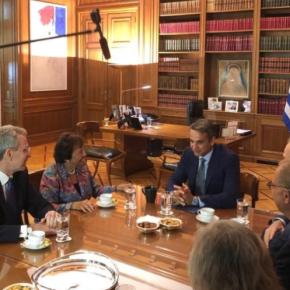 Συνάντηση Μητσοτάκη με Τζέφρι Πάιατ και Νίτα Λάουεϊ, με έμφαση στην βελτίωση της συνεργασίας μεταξύΕλλάδας-ΗΠΑ