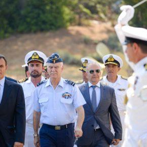 ΥΕΘΑ: Ο Yπουργός επισκέφθηκε το Αρχηγείο Στόλου στο Ναύσταθμο Σαλαμίνας[vid/pic]