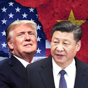 O εμπορικός «πόλεμος» Κίνας–ΗΠΑ μεταφέρεται στην Ελλάδα: Επένδυση-«μαμούθ» από γνωστή εταιρεία – Ανησυχία στηνΟυάσινγκτον