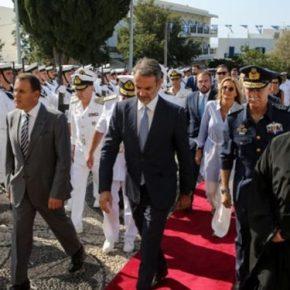 Στην Τήνο ο πρωθυπουργός συνοδεία ΥΕΘΑ και Α/ΓΕΕΘΑ για τον εορτασμό της Παναγίας[vid]