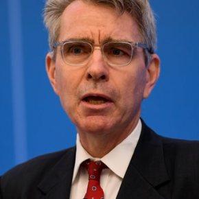 Η αμερικανική πρεσβεία «δείχνει» παράταση της θητείας Πάιατ ως το2020