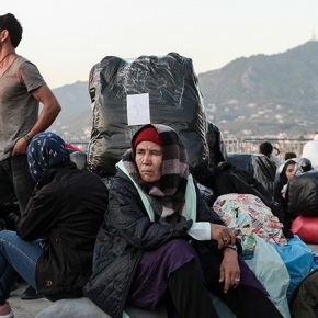 Η Κομισιόν έτοιμη να παράσχει περαιτέρω βοήθεια στην Ελλάδα για τοπροσφυγικό