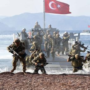 Η Άγκυρα προχωράει σε πράξεις: Αποβατική άσκηση Τούρκων πεζοναυτών στο Αιγαίο – «Aνατολικά της Κρήτης το Oruç Reis, φόβισε τουςΈλληνες»