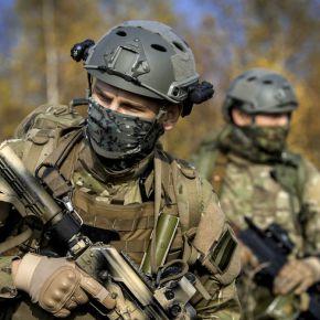 «Έφοδος» Ρώσων στις ελληνικές Ένοπλες Δυνάμεις – Η Μόσχα στέλνει στρατιωτικούς για επιθεωρήσεις – «Μάχη» ΗΠΑ-Ρωσίας για τηνΕλλάδα