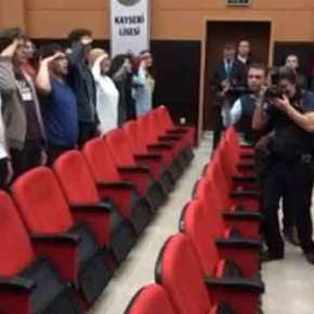 Σάλος για το κρεσέντο τουρκικής προπαγάνδας: Μαθητές υποδέχονται τον Ακάρ με στρατιωτικόχαιρετισμό