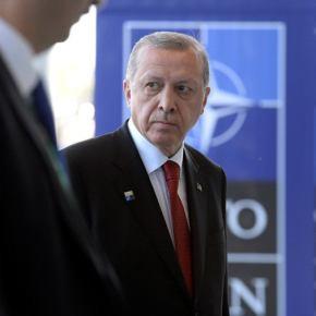 Γερουσιαστές ετοιμάζουν ψήφισμα εκδίωξης της Τουρκίας από το ΝΑΤΟ! – «Μην επιτεθείτε στουςΚούρδους»