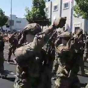 ΕΘΝΙΚΗ ΑΝΑΤΡΙΧΙΛΑ… ΒΙΝΤΕΟ: Κύπριοι Καταδρομείς Παρελαύνουν Σήμερα Φωνάζοντας… «ΕΛΛΑΣ – ΕΛΛΑΣ – ΣΚΕΠΑΣΕ ΚΙ ΕΜΑΣ…»…!!!