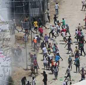 Σάμος: Το νησί «έρμαιο» των αλλοδαπών – Έχουν κατέβει στους δρόμους(βίντεο)