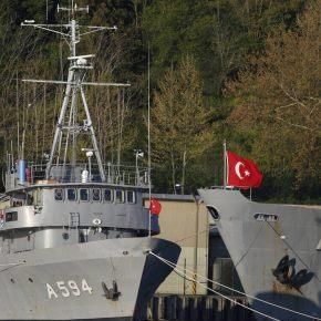 Δραματικές εξελίξεις: Ο τουρκικός στόλος κυκλώνει Αιγαίο και κυπριακή ΑΟΖ – Σε ετοιμότητα τοΠ.Ν.