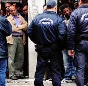 Θεσσαλονίκη: «Πρόσφυγας» αυνανιζόταν μπροστά σε 16χρονη Ελληνίδα σε στάσηλεωφορείου!