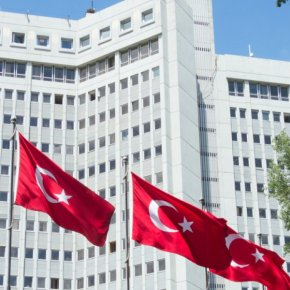 Τουρκικό ΥΠΕΞ: «Η Ελλάδα έσφαζε Τούρκους και μουσουλμάνους» – «Καταπιέζει την «τουρκικήμειονότητα»»