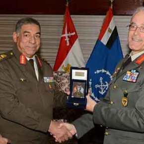 Ο Α/ΓΕΣ Γεώργιος Καμπάς στην Αίγυπτο(ΦΩΤΟ)