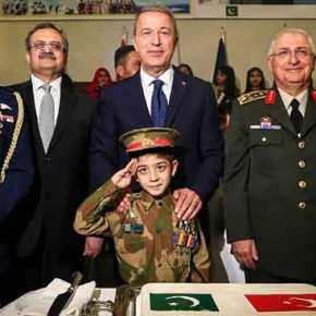 Ο άξονας Τουρκία-Πακιστάν αγγίζει τοΑιγαίο