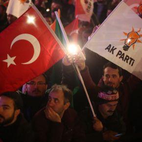 Πολιτικός εμφύλιος στην Τουρκία: Προχωρά η διάσπαση στο καθεστώς Ερντογάν – Στελέχη του AKP δημιουργούν αντίπαλακόμματα