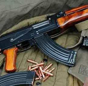 «Μίλησαν» τα ΑΚ-47 – Έχουν χρησιμοποιηθεί από την «ΕπαναστατικήΑυτοάμυνα»