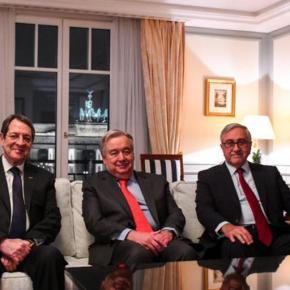 """Κυπριακό: ΑΟΖ και Αμμόχωστος """"αγκάθια"""" για τις διαπραγματεύσεις"""