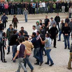 Επίθεση Λαθρομετεναστών στην Σάμο…!! Τραυματίες Αστυνομικοί…!! Έσκισαν τις στολές τους και τους ξυλοκόπησαν…!!