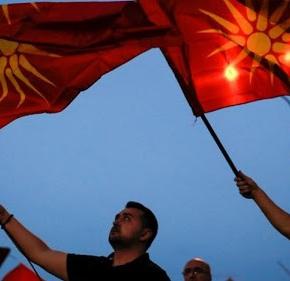 ΠΕΦΤΕΙ ΔΟΥΛΕΜΑ…!!! Τα Σκόπια δεν αλλάζουν τα σχολικά βιβλία: «Συνεχίζουν να λένε πως είναι απόγονοι τουΜ.Αλεξάνδρου»