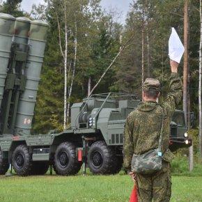 Οι ΗΠΑ απειλούν τη Σερβία με κυρώσεις εάν αγοράσει το ρωσικό σύστημαS-400