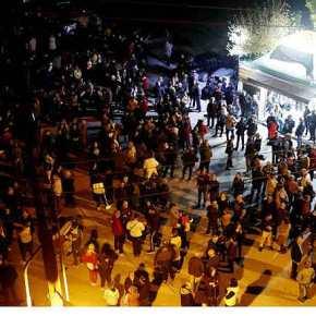 ΤΩΡΑ ΣΤΑ ΔΙΑΒΑΤΑ…!!! Ξεσηκώθηκαν οι Έλληνες…!!! Κινήθηκαν προς το HOT SPOT… ΜΠΛΟΚΟ από την Αστυνομία!ΒΙΝΤΕΟ