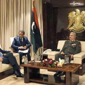 Ιστορική επίσκεψη Δένδια στη Λιβύη: Ελληνικό προξενείο, επενδύσεις και ανοικοδόμηση της χώρας θέλει η κυβέρνησηΧαφτάρ