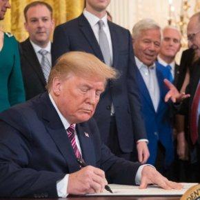 Ο Ντ.Τραμπ υπέγραψε τον EastMed Αct και την αποπομπή της Τουρκίας από το πρόγραμμα τωνF-35