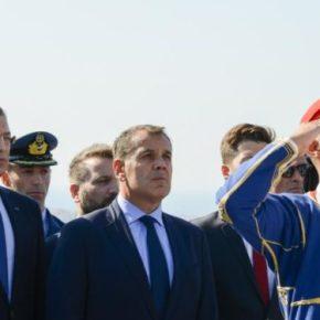 ΥΠΕΘΑ: Το μήνυμα του Υπουργού προς τις Ένοπλες Δυνάμεις για τη νέαχρονιά