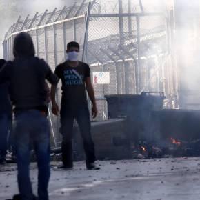 Μεταναστευτικό: Εκρηκτική η κατάσταση στη Μυτιλήνη – Νέα διαδήλωση στολιμάνι