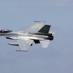 """Κροάτες ήρθαν να δουν τα F-16 Blk 30 της Αεροπορίας… """"στατικά"""", όμως τα πέτυχαν σεδράση!"""