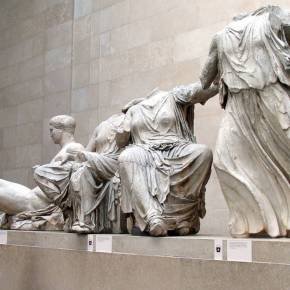Washington Post: «Η φύλαξη των γλυπτών του Παρθενώνα ανήκει στηνΕλλάδα»
