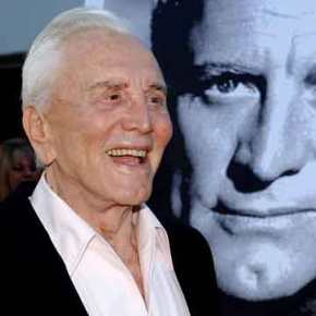 Πένθος για τον «Σπάρτακο»: «Έφυγε» στα 103 του o ΚερκΝτάγκλας