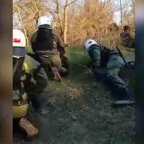 Τα ΜΑΤ απάντησαν στα τουρκικά πυρά με βολές πάνω από τα κεφάλια των Τούρκων!(βίντεο)