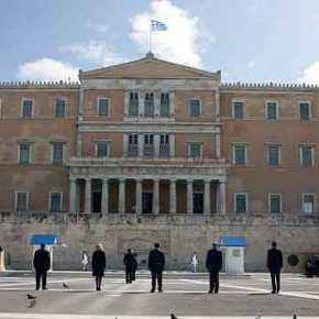 Επέτειος 25ης Μαρτίου στην άδεια Αθήνα -Πτήσεις μαχητικών και κατάθεσηστεφάνου