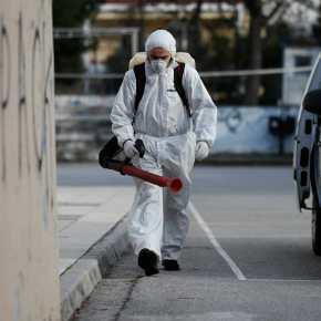 """Κορονοϊός: Στο """"πόδι"""" η χώρα με τα κρούσματα να αυξάνονταισυνεχώς"""