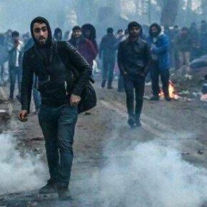 Έβρος: Νέα επίθεση αλλοδαπών στα σύνορα – Πετούν πέτρες και ξύλα – Έσπασαν αυτοκίνητα του Στρατού και τηςΕΛΑΣ
