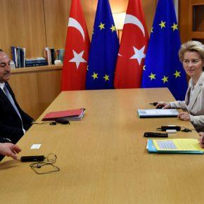 Ο Ερντογάν αποχώρησε κακήν κακώς από τις Βρυξέλλες αποφεύγοντας τιςδηλώσεις