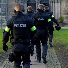 Γερμανία: Στέλνει στα ελληνικά σύνορα ένα ελικόπτερο και 20αστυνομικούς