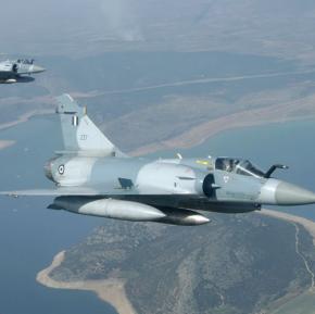 25η Μαρτίου: Διέλευση F-16 στις Καστανιές Έβρου, Mirage 2000/-5 και ελικόπτερααλλού