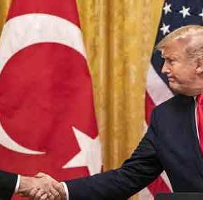Οι ΗΠΑ «ξελασπώνουν» την Τουρκία; Συζητήσεις για οικονομική βοήθεια μέσωFED