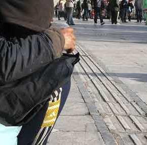 H UNI-CREDIT προβλέπει ελληνική οικονομική κατάρρευση: «Έρχεται ύφεση 18,5% στην Ελλάδα!» – Η μεγαλύτερη στηνΕυρωζώνη