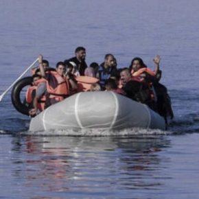 """Βάρκα με περίπου 33 """"μετανάστες"""" επιχείρησε να φτάσει στη Λέσβο, αλλάδεν…"""
