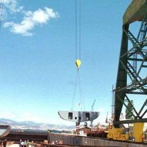 Λύση για τα ναυπηγεία Ελευσίνας: Παράταση στη σύμβαση γιατορπιλακάτους