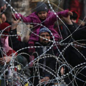 Guardian: Μετανάστες ξεσκεπάζουν τον Ερντογάν – «Μας χρησιμοποίησε ωςπιόνια»