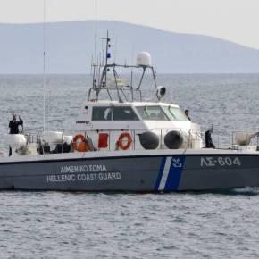 Βίντεο-ντοκουμέντο: Τούρκοι προκαλούν με επικίνδυνους ελιγμούς ελληνικό σκάφος στιςΟινούσσες
