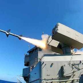 ΠΑΡΟΥΣΙΑΣΗ: Sea Sparrow, ποιος είναι ο αντιαεροπορικός πύραυλος που έπληξε τον θαλάσσιοστόχο;