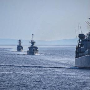 Άσκηση του Πολεμικού Ναυτικού στο Αιγαίο με τη συμμετοχή αεροσκαφών της ΠολεμικήςΑεροπορίας