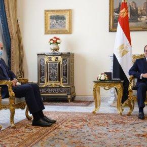 Η ενίσχυση της συνεργασίας Ελλάδας-Αιγύπτου στο επίκεντρο της συνάντησης Δένδια-αλΣίσι