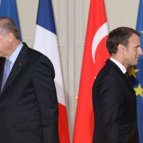 Στην αντεπίθεση & το Παρίσι: Ο Μακρόν αποφάσισε να »τελειώσει» την κυβέρνησηΣάρατζ