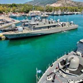 Η Πυραυλάκατος «Βλαχάκος», η ΟΝΕΧ και τα ναυπηγεία της Ελευσίνας: Ο «Καραθανάσης» περιμένει τουςEXOCET