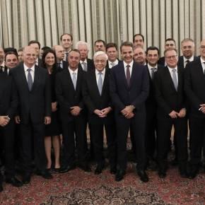 Δημοσκόπηση: Η σύγκριση υπουργών της κυβέρνησης ΝΔ με αυτούς τουΣΥΡΙΖΑ